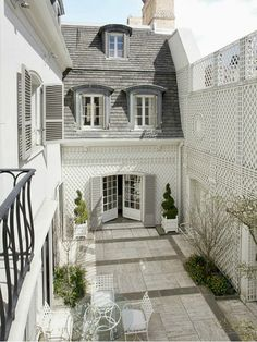 Bunny Mellon's Former Townhouse in NYC | hookedonhouses.net