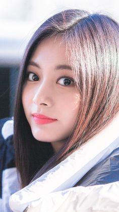 Pretty Korean Girls, Beautiful Asian Girls, Kpop Girl Groups, Kpop Girls, Nayeon, Samantha Images, Prity Girl, Tzuyu Twice, Perfect Woman