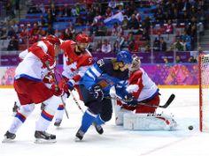 Finland vs Russia. Mikael Granlund #64 scores.