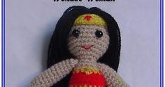 Hola, esta vez a venido a visitarnos Wonder Woman (Mujer Maravilla), esta súperheroina que apenas mide 12 cm. Siguiendo mi nueva afic...