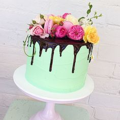 Mint Drip Cake with Fresh Blooms @mudgeemade This mornings bab...Instagram photo | Websta (Webstagram)