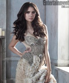 Nina Dobrev Vampire Diaries, The Vampire Diaries, Vampire Diaries Seasons, Katherine Pierce, Elena Gilbert, Delena, Nina Dobrev Birthday, Pretty People, Beautiful People