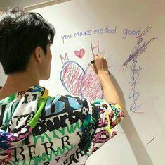 nctzen's photoshop skills are everything haha i LOVE IT😍 Mark Lee, Lee Min Hyung, Taeyong, Boyfriend Material, Vera Bradley Backpack, Jaehyun, Nct Dream, K Idols, Cute Guys