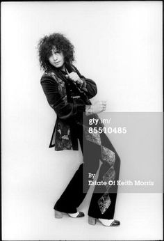 Photo of Marc BOLAN and T REX; lead singer of T-Rex, studio, posed Get premium, high resolution news photos at Getty Images Electric Warrior, Poetry Photos, Ziggy Played Guitar, Marc Bolan, L Love You, T Rex, Idol, Singer, Poses