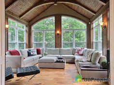 Veranda parfaite pour ma future salle de yoga. Sitting Rooms, Deco, Windows, Yoga, Living Room, House, House 2, Room, Lounges