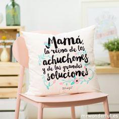 mrwonderful_8436547190478_COJIN_001_Cojin-Mama-reina-achuchones-grandes-soluciones-CAST-3