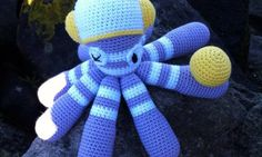 Free Octopus dave pattern all points materials and everything you need to make this crochet amigurumi Manta Crochet, Octopus, Tweety, Smurfs, Free Pattern, Diy Crafts, Character, Bag, Shape