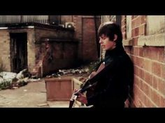 Jake Bugg – Trouble Town [Free Download]  --  http://musicpickings.wordpress.com/2012/02/23/jake-bugg-trouble-town-free-download/