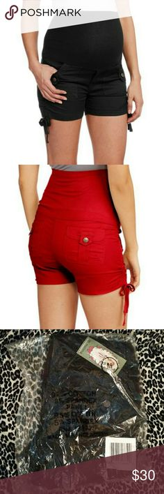 Oh Mamma Full Panel Maternity Side Cinched Shorts Oh Mamma full panel maternity shorts with side cinching! Brand new still in the original packaging, never been opened!! Size medium. Size chart included in picture listing. Oh Mamma Shorts