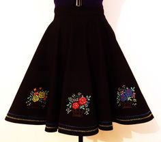 Fusta clos cosulete vesele de facutedeluiza Romania, Ea, Clothing, Skirts, Projects, Accessories, Shoes, Fashion, Outfits