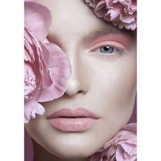 Makeup pastello tendenze trucco primavera estate 2015 Occhi e labbra... ❤ liked on Polyvore featuring models