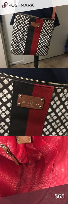 Kate spade cross body Great condition needs a little cleaning inside the main compartment on the bottom but otherwise excellent in condition. Small pocket with zipper inside is very clean. Comes from smoke and pet free home. Authentic!! Bags Crossbody Bags