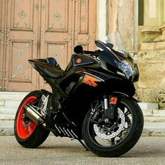 Suzuki gsx r Custom Sport Bikes, Custom Motorcycles, Cars And Motorcycles, Suzuki Gsx R, Suzuki Superbike, Gsxr 600, Yamaha R6, Tuning Motor, Suzuki Motorcycle