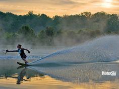 Esquiar en agua.