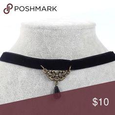 💟Velvet Choker With Bead💟 Adorable velvet feel back choker with bead detail. Brand new. Adjustable. Jewelry Necklaces