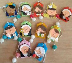 Polymer Clay People, Cute Polymer Clay, Polymer Clay Dolls, Polymer Clay Charms, Clay Crafts, Diy And Crafts, Biscuits, Star Of Bethlehem, Cold Porcelain