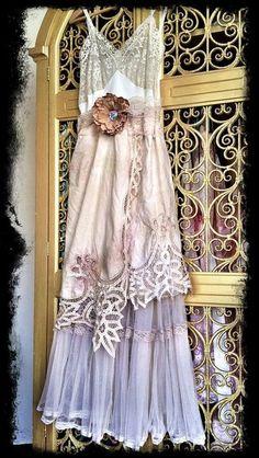 Ivory tea stained & bone lace cutwork tulle boho maxi wedding dress by mermaid… Elegant Dresses, Pretty Dresses, Sexy Dresses, Beautiful Dresses, Vintage Dresses, Casual Dresses, Vintage Outfits, Sleeveless Dresses, Formal Dresses
