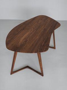 Secretária de madeira maciça TWIST OFFICE by ZEITRAUM design Formstelle