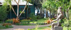 Lumeria Maui is an Upcountry Maui wellness retreat where guests can enjoy yoga, Maui activities, luxury accommodations & spa treatments. Book your stay today!