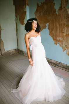 Blush by Hayley Paige | a & bé style book | see more on: http://burnettsboards.com/2014/04/15-fabulously-styled-wedding-dresses/ #weddingdresses