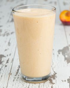 Servings: 2INGREDIENTS1½ cups milk of choice, water, or yogurt1 scoop vanilla protein powder1½ cups peaches, sliced and frozen1½ cups oranges, sliced and frozenPREPARATION1.Put all ingredients into a blender and mix until smooth.2.Serve and enjoy!