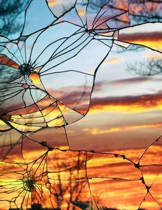 Couchers de Soleil et Miroirs brisés – 13 photographies étonnantes de Bing Wright
