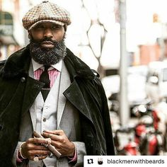 Modern Black Men Beard Styles Ideas For You – coiffures et barbe hommes I Love Beards, Black Men Beards, Men In Black, Beard Game, Moda Formal, Big Men Fashion, Beard Fashion, Fashion Hats, Beard Styles For Men