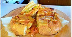 Η συνταγή που σηκώνει παραλλαγές ανάλογα με τα γούστα του καθενός! Γεμιστό ψωμί σαν πίτσα!! Δοκιμάστε να το κάνετε!!! Street Food, Tacos, Mexican, Bread, Microsoft, Ethnic Recipes, Desserts, Calendar, Tailgate Desserts