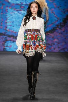 http://www.style.com/slideshows/fashion-shows/fall-2015-ready-to-wear/anna-sui/collection/41