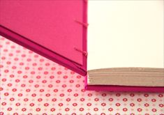 Livro cor de rosa   Flickr - Photo Sharing!