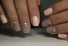 Here are some hot nail art designs that you will definitely love and you can make your own. You'll be in love with your nails on a daily basis. Nude Nails, Manicure And Pedicure, Pink Nails, Gel Nails, Pastel Nail, Fabulous Nails, Gorgeous Nails, Pretty Nails, Bridal Nails
