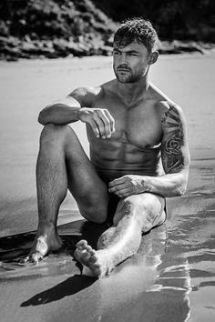 Jordan Steele by Specular | Exclusive