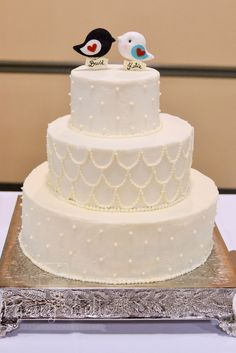 Pastry Shells: Love Birds and Pearls Wedding Cake