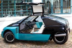 The little-known Volkswagon 'Scooter' concept trike.  Saw it at a car show when I was a kid and loved it! Vw Wagon, Volkswagen, Motorcycle Types, Trike Motorcycle, Microcar, Reverse Trike, Concept Motorcycles, Weird Cars, City Car