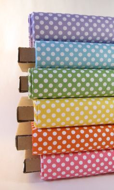 Rainbow of Small Dots Fabrics by Riley Blake Designs - Fabric Fat Quarter Bundle… Quilting Projects, Sewing Projects, Fabric Design, Pattern Design, Fabulous Fabrics, Cool Fabric, Textiles, Fabric Patterns, Fabric Crafts