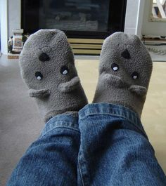 This is perfect for winter! Simple SImple Simple slippers from a fleece sweater. There is no pattern peices, no elactic, no siding, nothing! So easy!