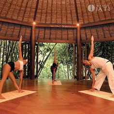 God, please take me to Bali for a yoga retreat at some point in my life. Thank you! <3
