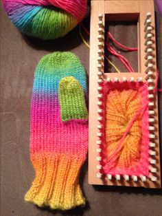 Mittens from pattern by Isela Phelps. Loomed by KalicoKat on the new KB Sock Loom