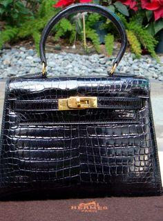 Hermes Mini Kelly details. Hermes Birkin ... 97aa525b4e4cb