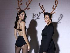 @KendallJenner and mama @KrisJenner showed off their sexy legs in a new advent video for Love magazine.