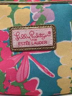 6851e97189e6 Lilly Pulitzer for ESTEE LAUDER Pastel Floral Dragonfly Makeup Cosmetic Bag