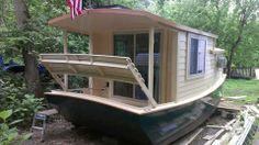 Pontoon Houseboat, Pontoon Boat, Boat Building Plans, Boat Plans, Bauhaus, Float Life, Water House, Boat House, Shanty Boat