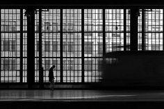 Taking Some Alone Time in the Stunning Symmetrical City - My Modern Metropolis German artist Kai Ziehl Black And White City, Black N White Images, Photography Portfolio, Art Photography, Kai, Modern Metropolis, Urban Life, Cultural, Elements Of Art