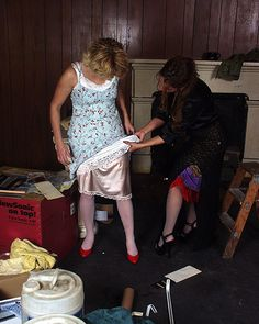 Pretty Lingerie, Ladies Slips, Red Lace, Belle Epoque, Mother Of The Bride, Underwear, Beautiful Women, Slip On, Summer Dresses