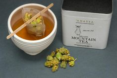 Anassa is the Greek Earth. An earth swarming with rare, exquisite flavours and aromas, distinctive and ethereal, fit for a queen. Mint Tins, Organic Green Tea, Coffee Packaging, Winter Warmers, Queen, Natural Healing, Tea Time, Herbs, Food