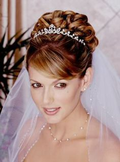 Trendy Wedding Hairstyles Updo With Tiara Engagement Rings Ideas Hairdo Wedding, Wedding Hairstyles With Veil, Bridal Updo, Wedding Hair And Makeup, Bride Hairstyles, Hair Makeup, Wedding Veils, Wedding Tiaras, Bridal Tips