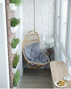 Minnacık balkonu olanlara... #instagram #instagood #balcony #balconydecor #small #decoration #decor #balkon dekoru #house #home #fikirler #pinterest #ilhamverici #yaşadığınyerigüzelleştir #instalike