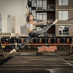 Luis Pons Photography Ballerina @anjelicabette  Anjelica is wearing @poprageous Celtic leggings! Check Out @poprageous !!!!