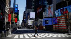 """New York a revenit la turism mizând pe """"staycations"""" Us Unemployment, Bloomberg Business, Us Data, Dow Jones Industrial Average, University Of Maryland, Private Sector, Financial News, What Goes On, Natural Resources"""