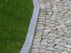 Pflaster und Randsteine gemischtfarbig http://gneis.premiumstone.eu/